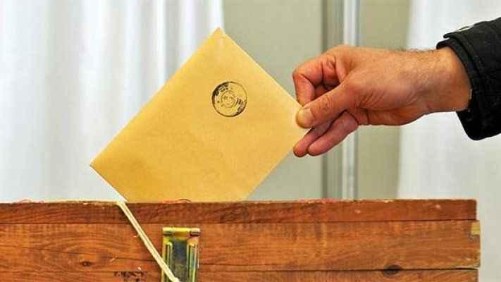 Kararsızların sayısı AK Parti'yi iktidara taşıyan orana ulaştı