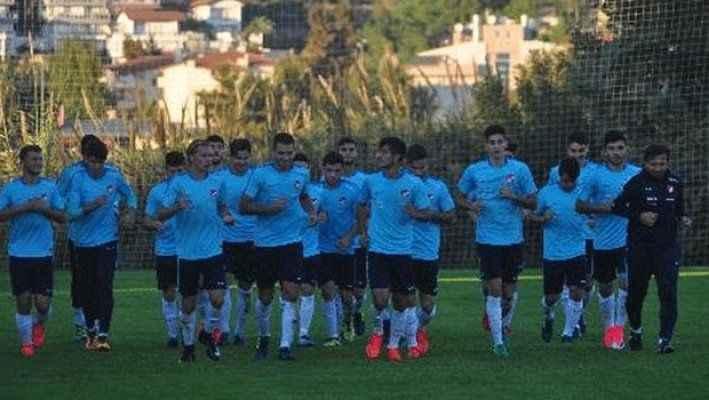 Milliler, Kazakistan'ı 3-0'la geçti