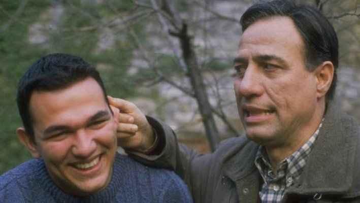 Ali Sunal babası Kemal Sunal'ın doğum gününü kutladı: Benim melek babam