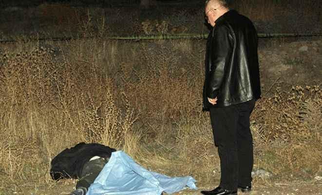 Polis memuru babasının öldüğünü söyleyemedi