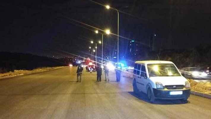 Minibüste canlı bomba paniği: Yol ulaşıma kapatıldı