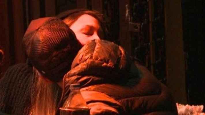 Babam küser diye öpüşme sahnesi yazmıyorum