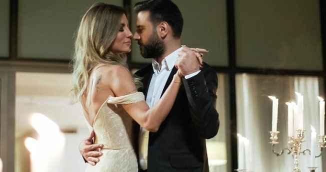 Türk televizyon tarihinde bir dönem sona erdi! Alişan ile Çağla Şikel...