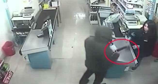 Silahla market soydu, yakalanacağını anlayınca intihar etti