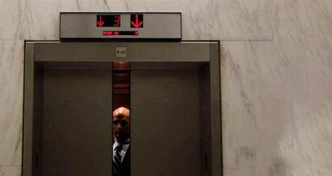 Skandal karar! Meclis asansöründe tacizin cezası: Maaşından kesilecek