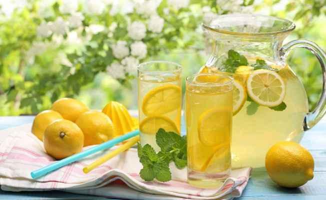 Düzenli limonata içen erkeğin çocuk şansı azalıyor
