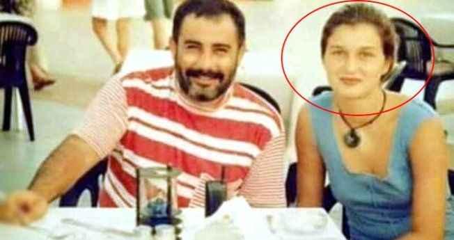 Henüz 16 yaşındaydı! Ahmet Kaya ile poz veren bu güzeli tanıdınız mı