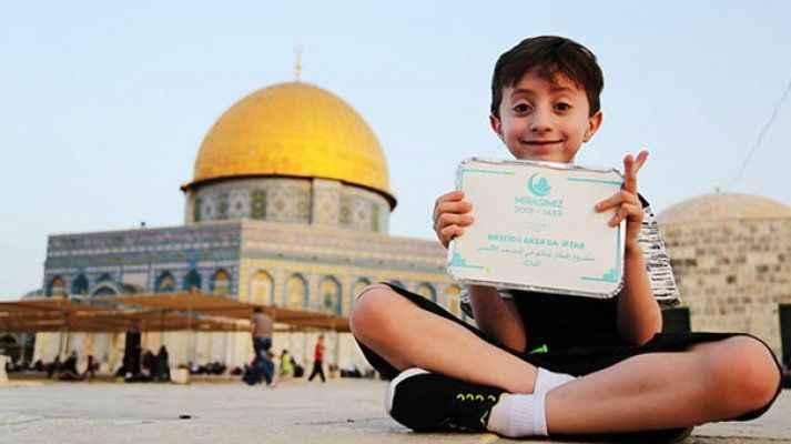 Ramazan boyunca Mescid-i Aksa'da 120 bin kişiye iftar verecekler