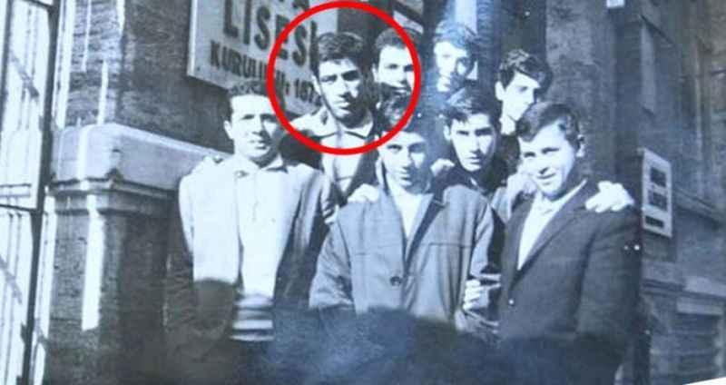 Fotoğraftaki ismi tanıdınız mı? İşte Türkiye'nin en sevdiği o isim