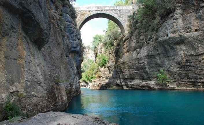 Köprülü Kanyon'da rafting heyecanı