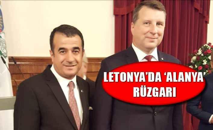 Letonya devlet erkanına Alanya'yı anlattı