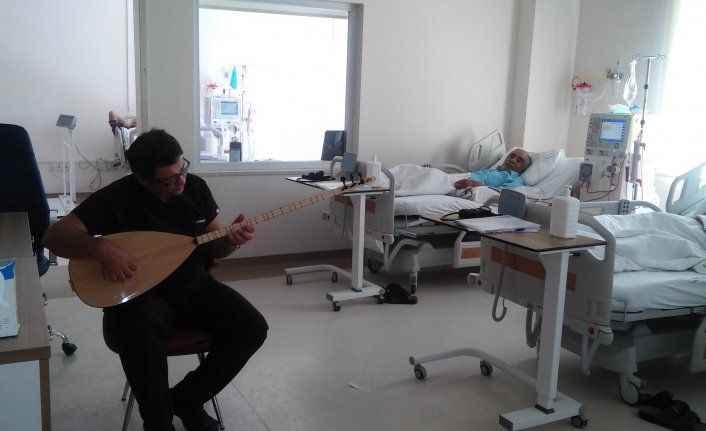 Diyaliz hastalarına müzik dinletisi ile destek