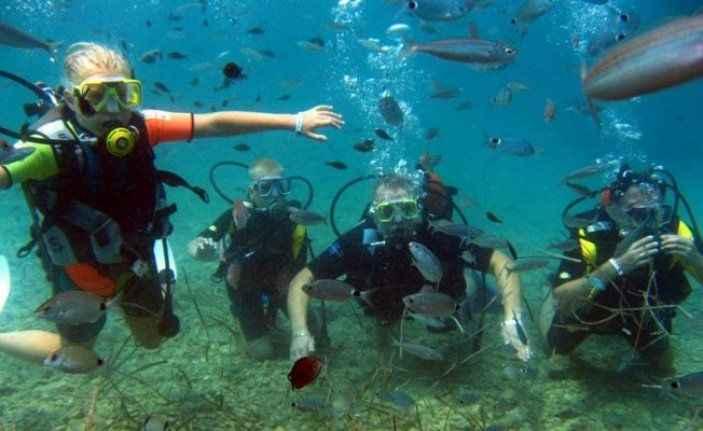 Antalya'nın sualtı zenginlikleri dalış tutkunlarını bekliyor