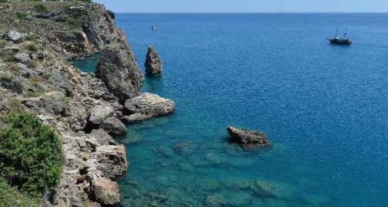 Muratpaşa, 4 yeni falez plajı için müracaat etti