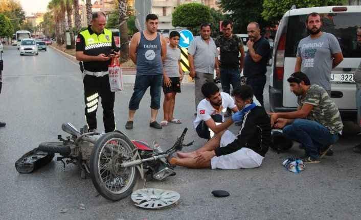 Manavgat'ta feci kaza! 2 yaralı