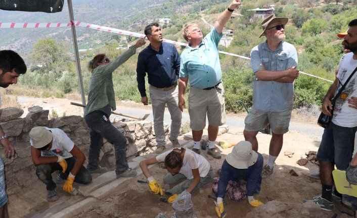 Gazipaşa'da yeni mozaik alanlar bulundu