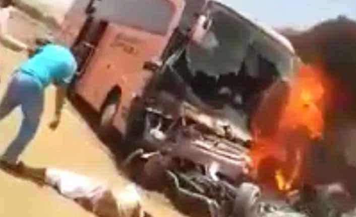 Antalyalı hacıları taşıyan otobüs yandı