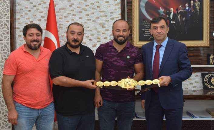 Başpehlivan Okulu'dan, Emniyet Müdürü Ulucan'a ziyaret