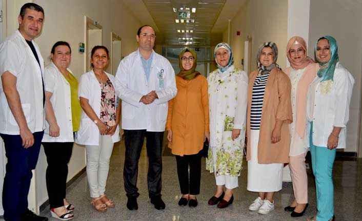 AK Parti Kadın Kolları'ndan başhekim ziyareti