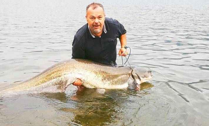 Dev yayın balığı yakaladı