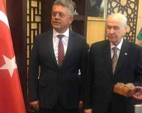 Yusuf Kelleli Antalya Büyükşehir'e aday adaylığı başvurusunu yaptı