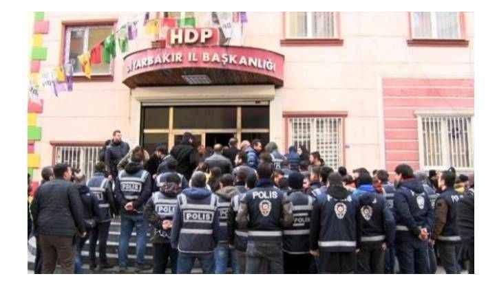 HDP binasına polis baskını! Çok sayıda gözaltı var