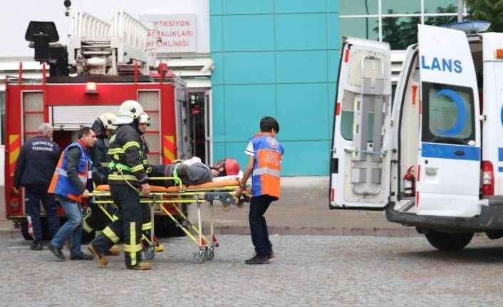 Kepez Devlet Hastanesi'nde yangın tatbikatı gerçeği aratmadı