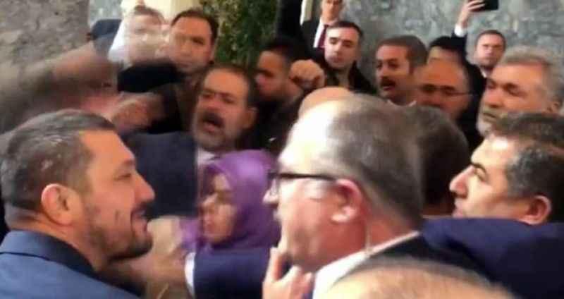 Meclis'te yumruklu kavga! AK Parti ve HDP'li vekiller birbirine girdi