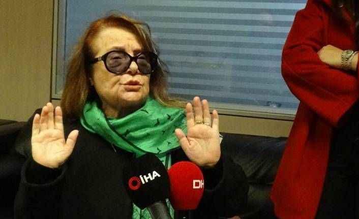 Muhterem Nur: 'Annecim annecim' diyordu, şimdi 'O kadını susturun' diyormuş