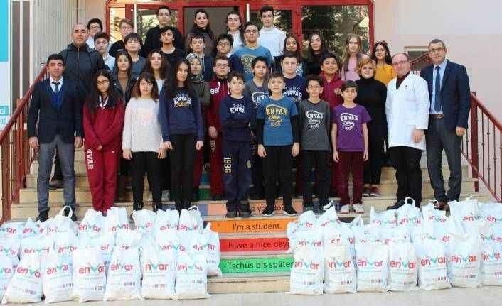 Antalyalı öğrencilerden Afrin'e yardım