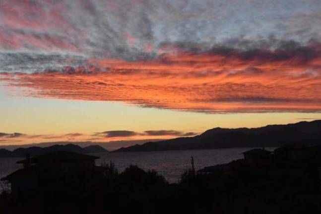 Demre'de gökyüzünde kızıl cümbüş