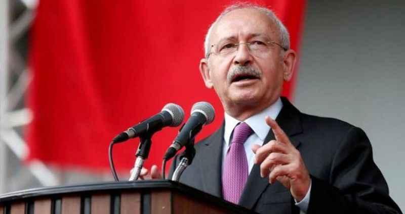 Kriz büyüyor! Yeniden aday göstermediği başkan, MHP'ye geçti