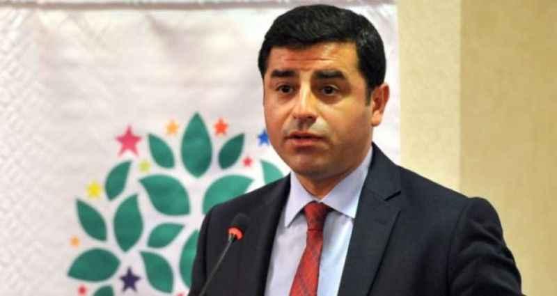 HDP mitinginde dikkat çeken Selahattin Demirtaş çıkışı!