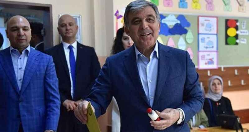 Yeni Parti iddiasıyla gündeme gelen Gül'den seçim mesajı!
