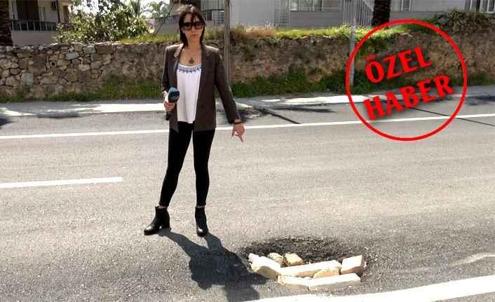 Alanya'da sürücüler isyan etti! Yol değil köstebek yuvası