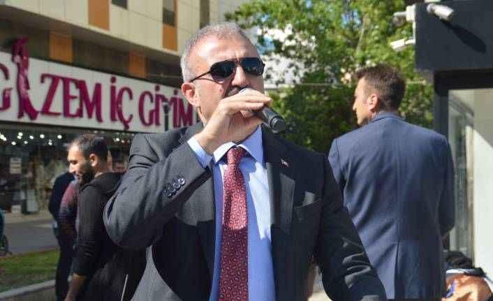 """Vali Karaloğlu'ndan esnafa sitem: """"Kendimizi kandırmayalım"""""""