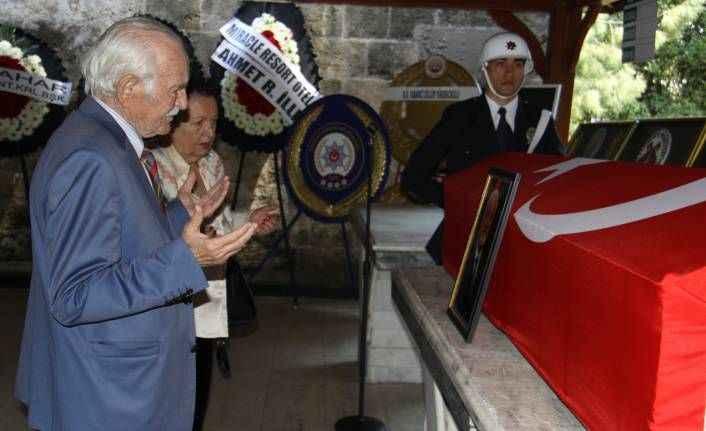 ATSO eski başkanlarından Berberoğlu toprağa verildi