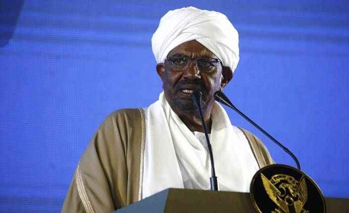 Devrik Sudan lideri Beşir'in evinde 130 milyon dolardan fazla nakit bulundu