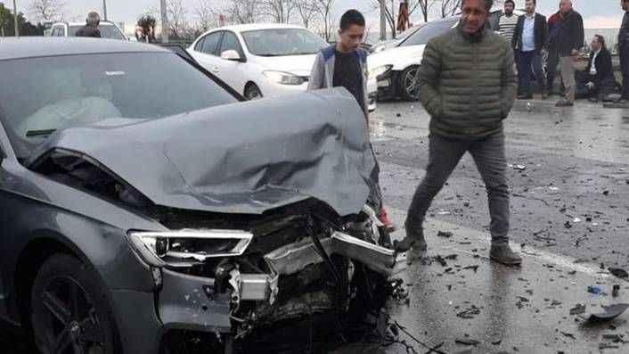 Trabzonsporlu Hüseyin Türkmen trafik kazası geçirdi!