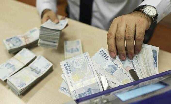 Hazine 3.2 milyar TL borçlandı