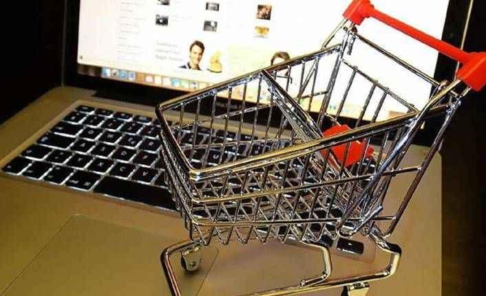 Türkiye'de online alışverişe ne kadar para harcandığı belli oldu