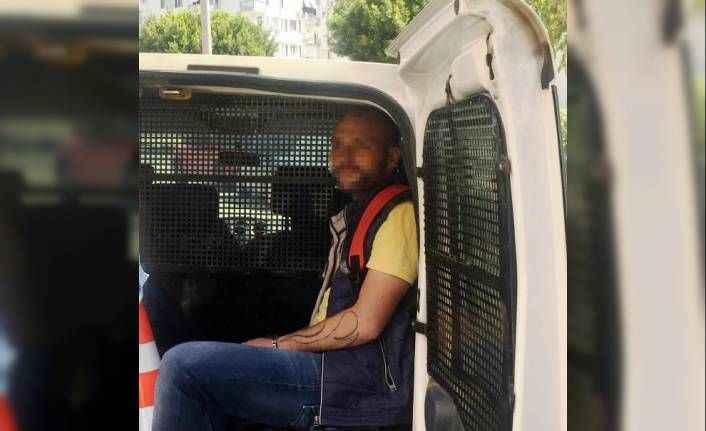 Antalya'da dün soyduğu markete bugün de gidince yakalandı