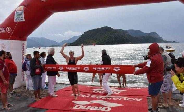 Yüzme şampiyonasında yaşananlar: 40 yaşındaki eski milli sporcu, birinciliğe giden çocuğu itti