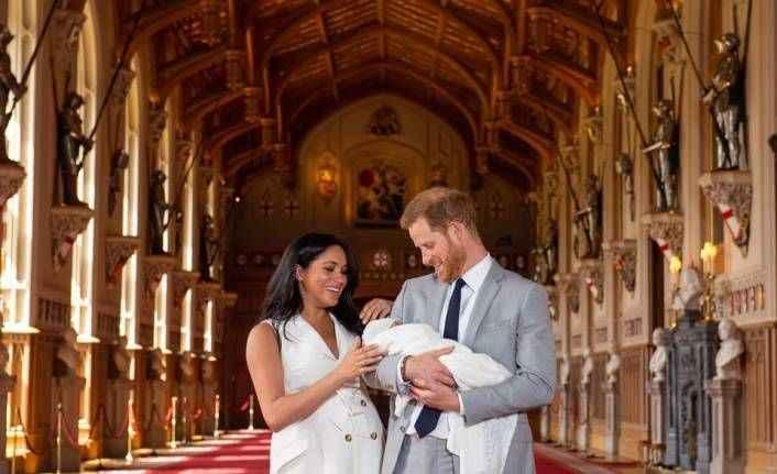 Prens Harry ve Meghan Markle'ın bebeğinden ilk fotoğraf
