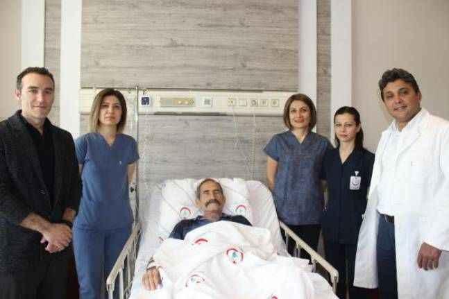 Kanserli bağırsağa robotik cerrahi yöntemle müdahale