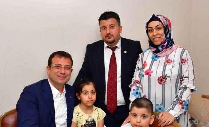 Ekrem İmamoğlu 'Metrobüs Bahattin'in' evine konuk oldu