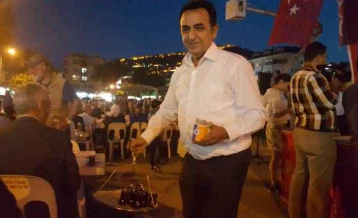 MHP'nin iftarında Çaylar Sünbül'den