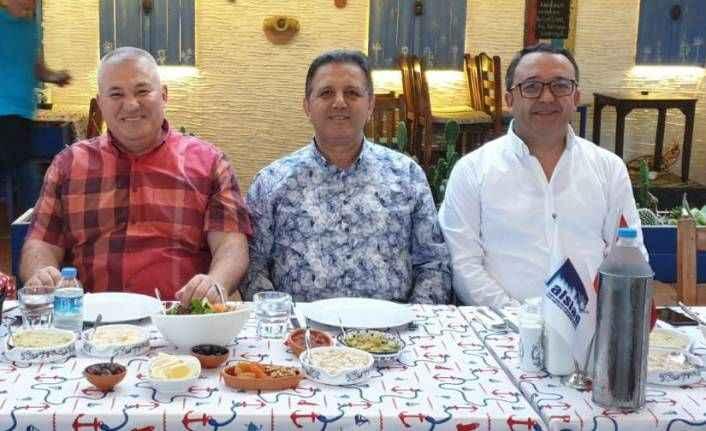 ALSİAD'dan kalabalık iftar