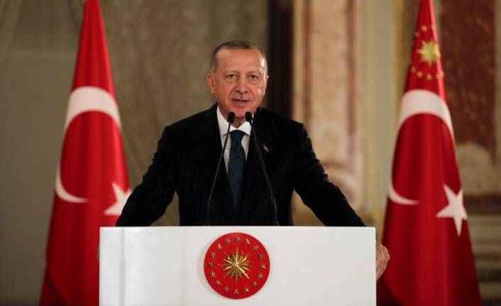 Cumhurbaşkanı Erdoğan: Siyasi taraf olan sporcu ve sanatçılarımızın durumu bizi üzüyor