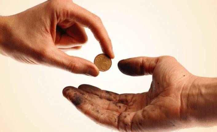 Ramazan Özel'de bugün - Cimrilik ve cömertlik